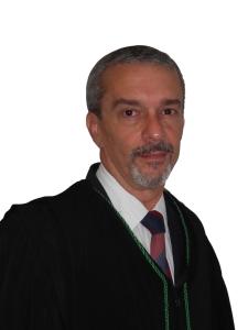 Dr. João Alberto Simões Pires Franco